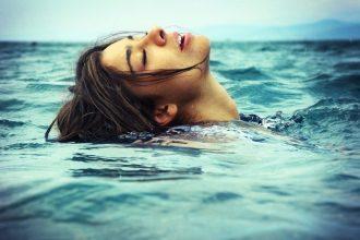 woman-sea-water-960x640