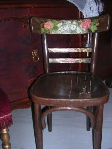 baf9a62d26ff64ddcfa1fc07006f7250--old-chairs-decoupage